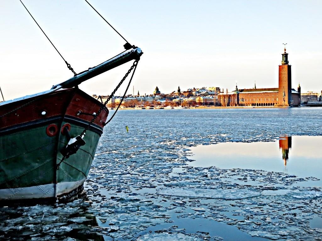Vinter: Isen ligger på Riddarfjärden, Stockholm