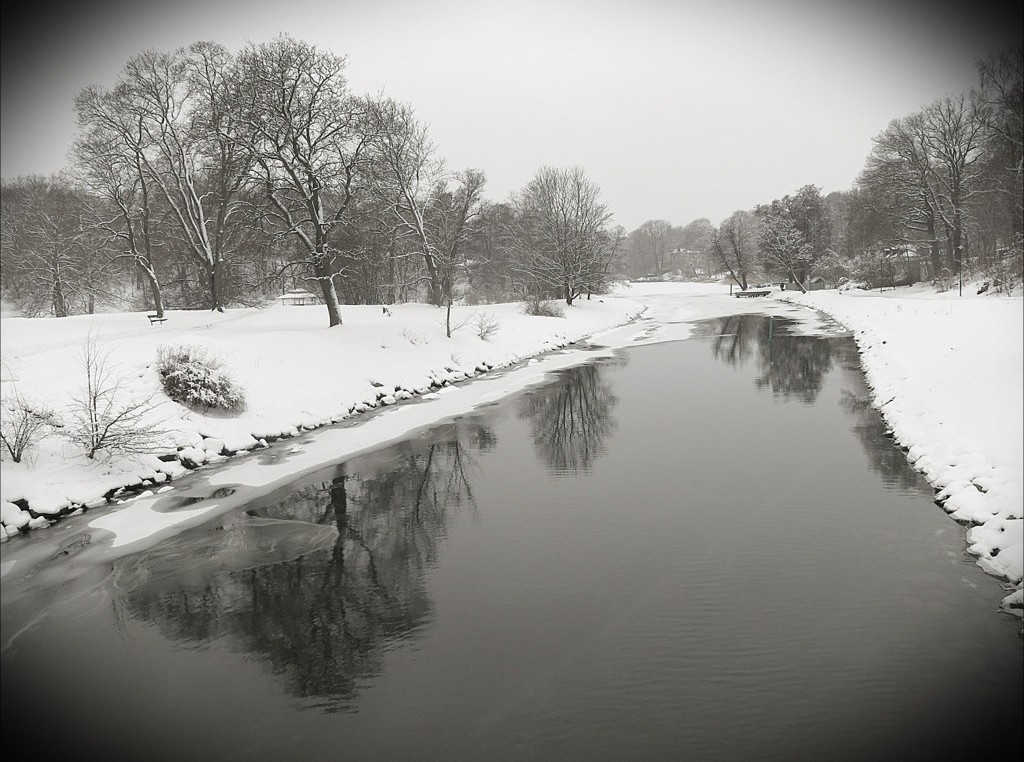 Vinter vid Djurgårdsbrunnskanalen