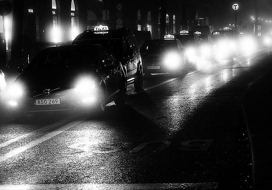Svart-taxi