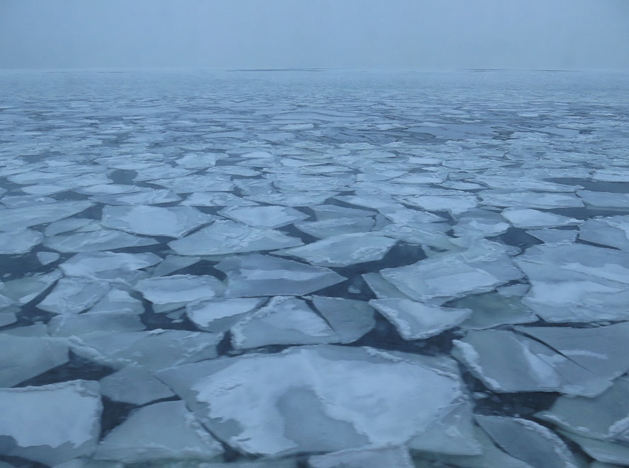 Genom isen med M/S Mariella