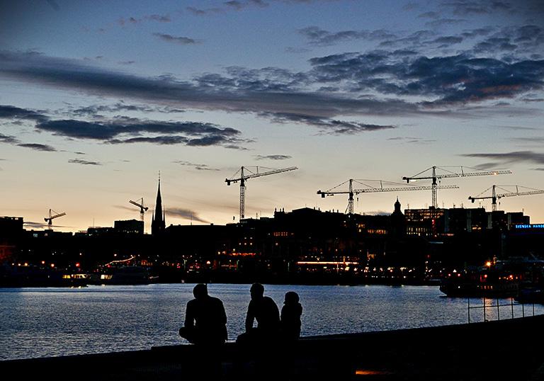 Byggkranar utgör Stockholm skyline