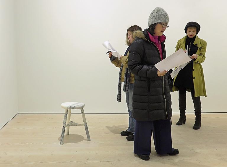 Ai Weiwei – Tyre på Galerie Forsblom: Marble Stool