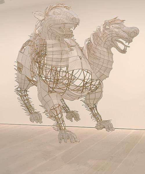 Ai Weiwei – Tyre på Galerie Forsblom: draken Chuti