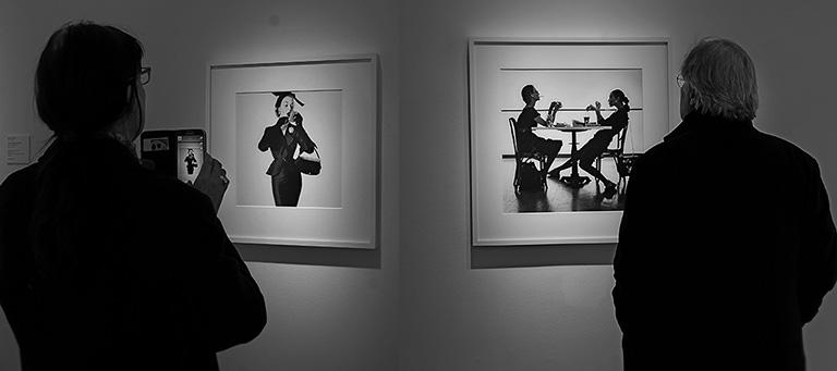 """Modebilder på utställningen """"Irving Penn – Fashion"""" på Åmells"""