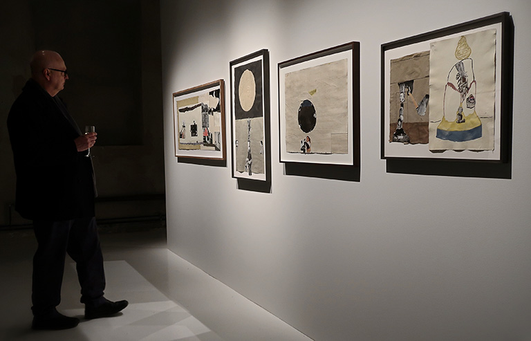 Vernissage för Beckers konstnärsstipendiums 30-årsjubileumsutställning på Färgfabriken: Jockum Nordströms collage