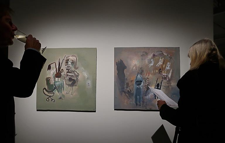 Vernissage för Beckers konstnärsstipendiums 30-årsjubileumsutställning på Färgfabriken: Karin Wikströms målningar
