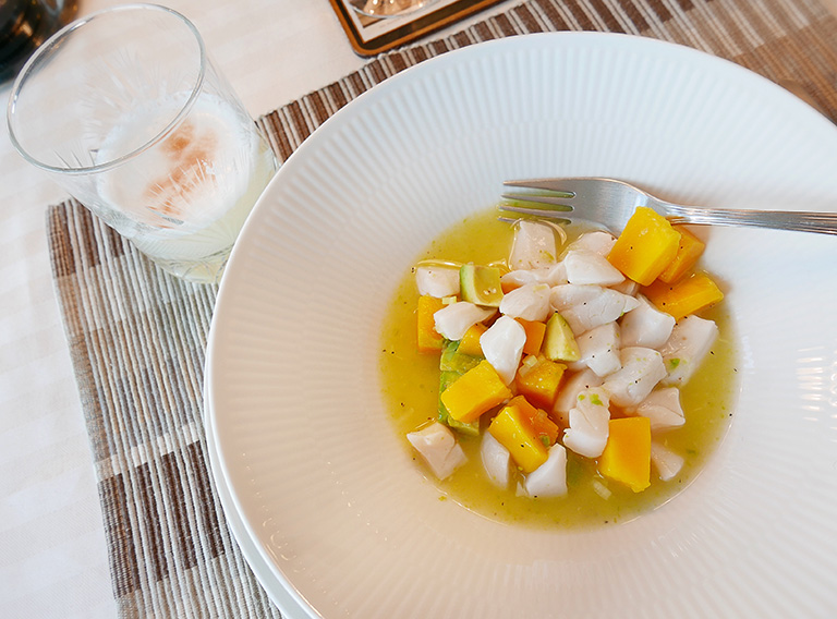 Pisco Sour & Ceviche (Alviks Torn)