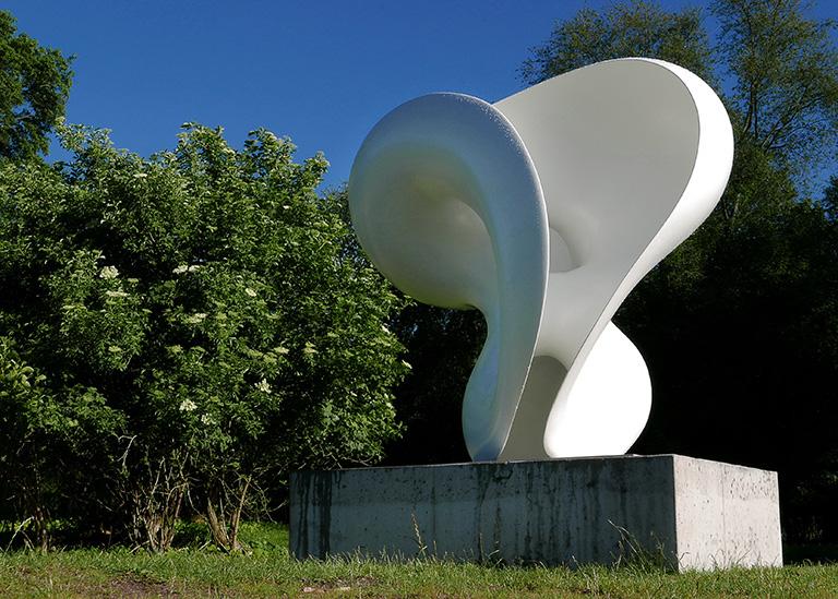 Skulpturen Stand av Eva Hild på Djurgården