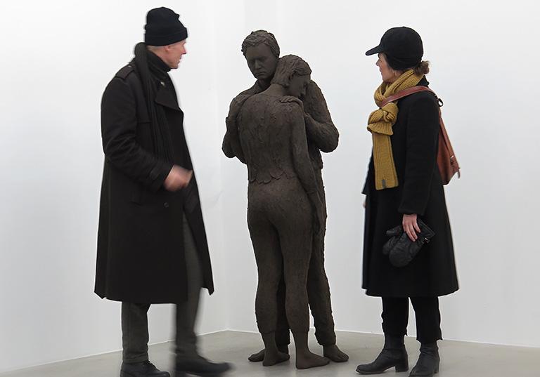 Lars Nilssons skulptur på Galleri Andersson/Sandström